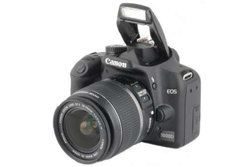 Canon EOS 1000D 10M with 18-55mm lens (Stav A)